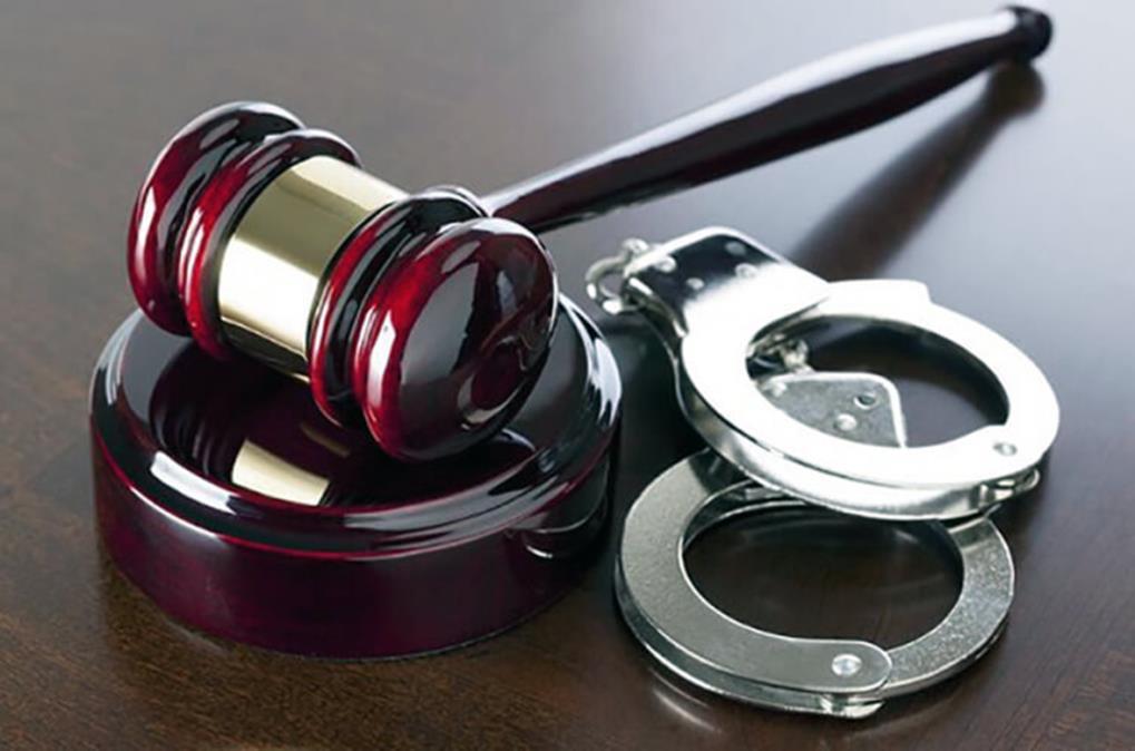 وکیل کلاهبرداری (2)