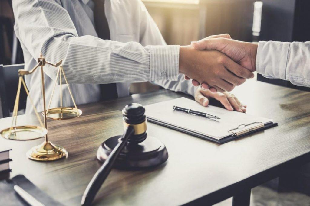 وکیل کلاهبرداری (4)